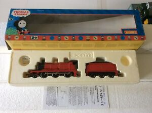 Hornby Thomas and Friends R852 James The Red Engine - New VGC
