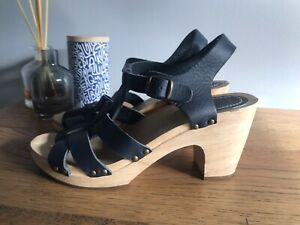 GORMAN shoes Navy Wedges Size 38