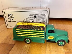 First Gear 1951 Ford F-6 Bottlers Truck Squirt - Die Cast 1/34 Scale #18-1180