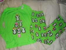NWT JUSTICE GIRLS 2 PIECE SLEEP SET 6//7 PAJAMAS PJ/'S DOG HAT IS IT SNOWING YET?