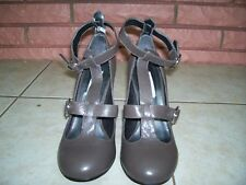 STEVE MADDEN LEATHER TAUPE STRAP AROUND ANKLE HEELS SIZE 7B