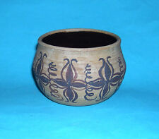 D. Gray Studio Pottery - Attractive Decorative Pot / Bowl - Potters Mark On Base
