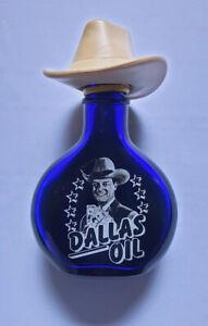 Dallas Oil Miniaturflasche JR Ewing Curacao-Kräuterlikör mit Whisky 1982 Lorimar