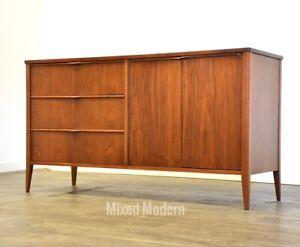 Foster McDavid Walnut Mid Century Modern Credenza *MCM*