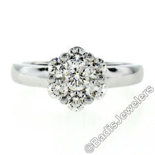 18ct Oro Blanco 0.84ctw Ideal Redondo Brillante Corte Diamante Flor Anillo
