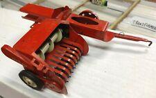 HAY BAILER Shredder TRU SCALE WORKING FARM IMPLEMENT Vintage vtg 50s 60s 1:16 ts