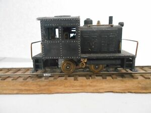 PENNLINE switcher White metal with brass wheels and handrails