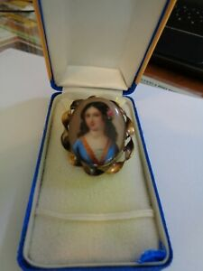 Antique Victorian Cameo Portrait Brooch Hand Painted Porcelain gold filled or9ct