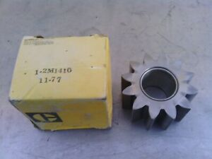 Caterpillar oil pump gear 2M1410 new old stock item. Suit many applications.