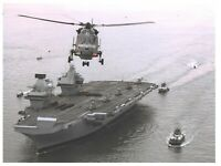 "8 x 6"" Print Royal Navy Aircraft Carrier HMS Queen Elizabeth at Portsmouth 38L"