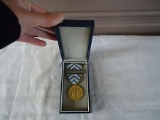 Médaille militaire reconnaissance de la nation barette fusiliers marins boite