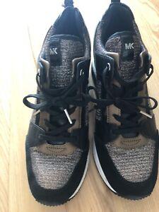 Michael Kors Sneakers Sz 9