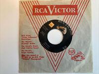 """Glenn Miller And His Orchestra – Tuxedo Junction / Star Dust - 447-0047 - 7"""""""