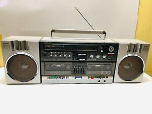 Sharp GF- 700Z Stereo Boombox Ghettoblaster Stereo Cassette