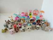 Lot of 25+ Littlest Pet Shop figures with allot of Accessories, Dogs, Cats etc
