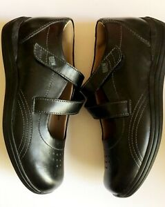 Drew Women's Leather Shoe Size 7.5 M Black Padded Comfort  Durable NWOT UNWORN