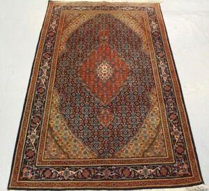 Old and fine Handmade oriental traditional Parsian Tabbriz Rug 165cm x 101cm