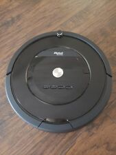 iRobot Roomba 805  Vacuum Cleaning Robot - Pet  Carpet, Hardwood, Tile