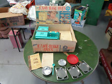 VINTAGE 1964 Kenner EASY BAKE OVEN IN BOX w/ACCESSORIES & COOKBOOK WORKS! (sa)