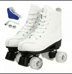 Roller Skate Size 44, new with carrying case