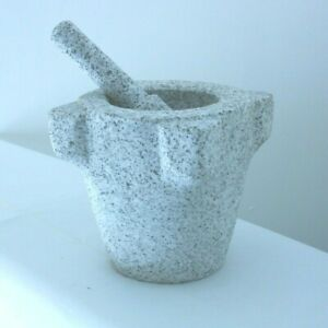 Pesto in Granito Silano molto utile in cucina  utilizzo sale e spezie h cm 20