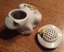 1980 Vintage Avon Flirtation Frog Ceramic Pomander container Made in Brazil