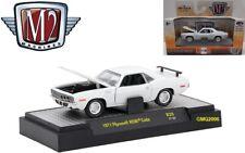 Collectible M2 1/64 Diecast Car '71 Plymouth HEMI Cuda in Acrylic Display Case