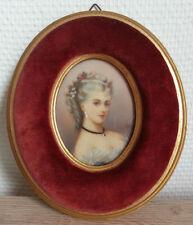 TRES JOLIE ancienne MINIATURE PEINTURE signée RUBY cadre velours portrait femme