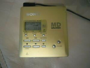 SONY MZ-R55 PORTABLE MINIDISC PLAYER / RECORDER WALKMAN.