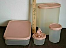 VINTAGE TUPPERWARE SET OF 4 CONTAINERS WITH BLUSH PINK LIDS