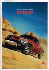 Enorme 2006 MITSUBISHI RAIDER Catálogo / CATALOG con / tabla de colores: ,/
