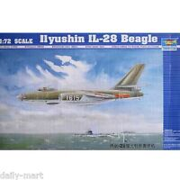 Trumpeter 1/72 01604 Ilyushin IL-28 Beagle Model Kit