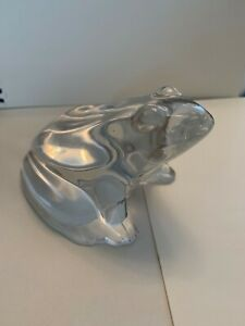 Baccarat Crystal clear glass frog Paperweight