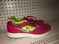 Nike Lunarfly 2 Womens Athletic Running Training Shoes Size 12 Pink Volt Gray