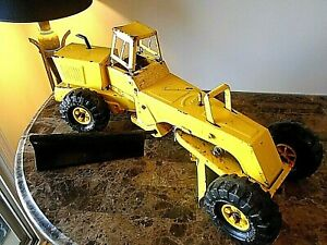 Very rare 1970's vintage mighty Tonka road grader with swing out side blade