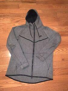 Men's Nike Tech Fleece Hoodie Size Large Gray OG used Zip Up Sweatshirt Rare