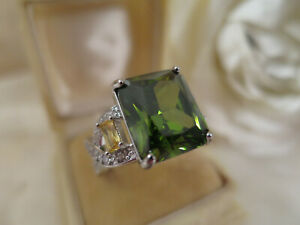 Vintage Jewellery Gold Ring Peridot Citrine Sapphires Art Deco Design size 9 (60