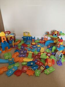 Large Bundle V-Tech Toot Toot Track And Buildings
