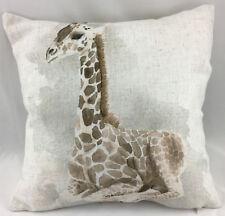 Impresión de una jirafa Relleno Cojín Evans Lichfield sentado