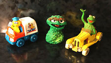 Lot 3 SAME STREET Diecast Corgi Kermit Frog Big Bird Mail TRUCK Oscar puppet PVC