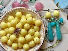 20 Vintage Cherry Brand, Miriam Haskell Glass Beads 10x9mm, Lemon Yellow, #B63