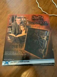 Buffy the Vampire Slayer - Vampyr Book Keepsake Box New