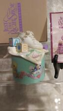 """Just The Right Shoe Style Music Box"""" Sleepy Time"""" Brahms Lullaby Gift Quality"""