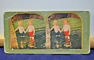 """Antique Stereoview Card - #46 """"Oh! It's so Cold"""" c.1898 T.W. Ingersoll"""