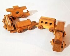 BEAUTIFUL WOODEN TRAIN SET HAND MADE CRAFTED SOLID WOOD GREAT CONDITION
