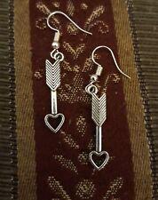 US* RAISING LIKE ARROWS EARRINGS Arrow Heart Love Valentine's Day Silver Dangle