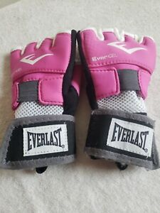 EVERLAST Women's Pink EVERGEL Hand Wraps ~ Medium new, opened with defects