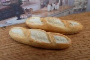 DOLLS HOUSE MINIATURE FOOD HANDMADE * 2 X LARGE FRENCH BREAD STICKS COMBINED P+P