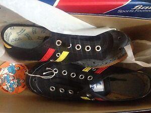 NOS Pair Bata Biker vintage cycling touring shoes canvas+rubber sole size 3 NIB