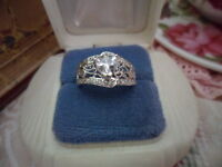 ANTIQUE ART DECO VINTAGE STERLING SILVER RING with WHITE SAPPHIRE HEART SIZE 6